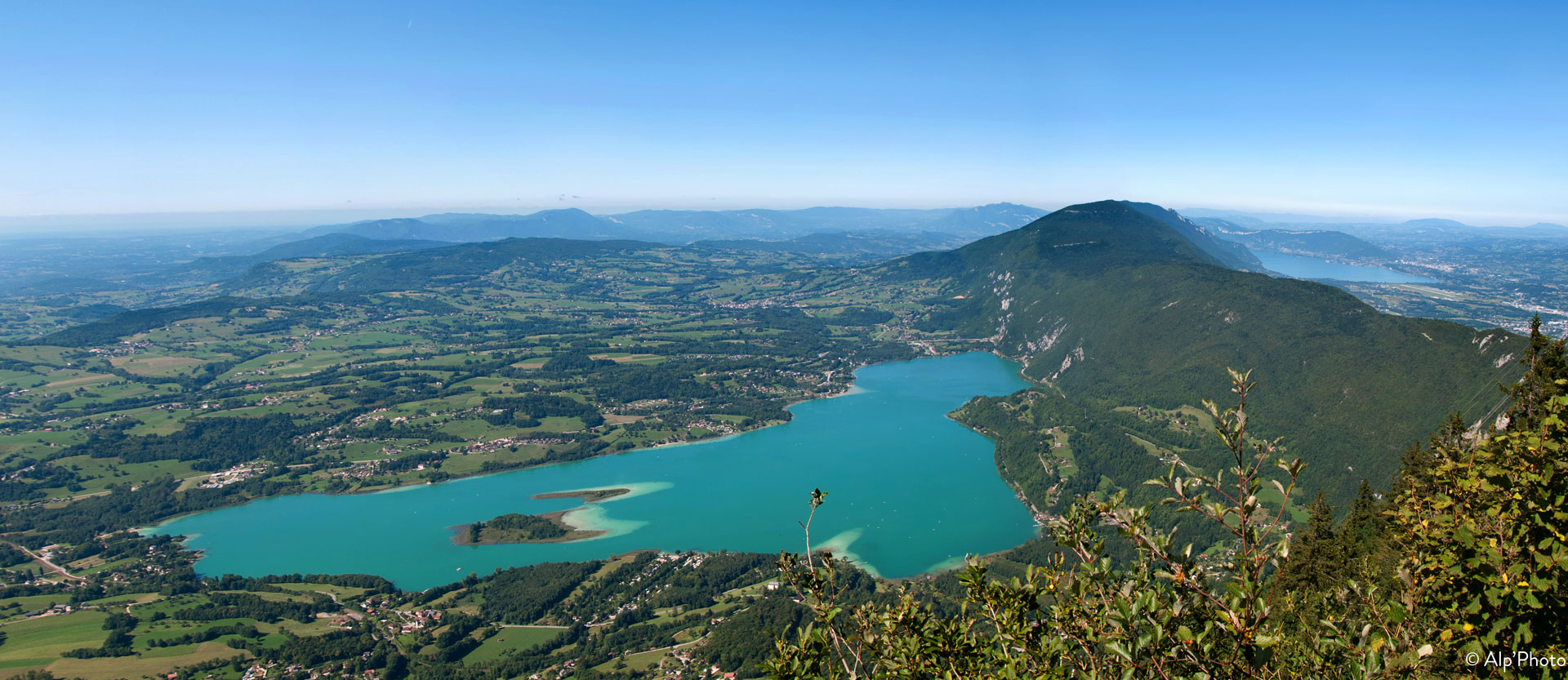 Lac d'Aiguebelette holiday rentals